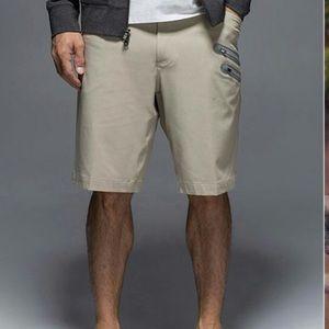 Lululemon Men's Commute Shorts Tan Size 36